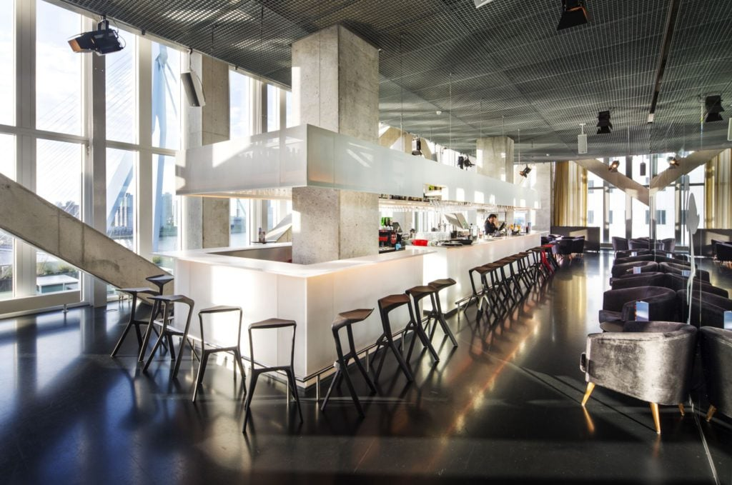 Nhow hotelbar in Rotterdam met lekkere cocktails