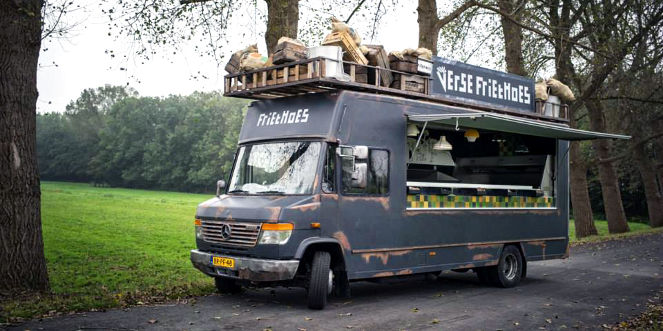 Friethoes Mercedes food truck