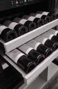 wijnbar salute rode wijn